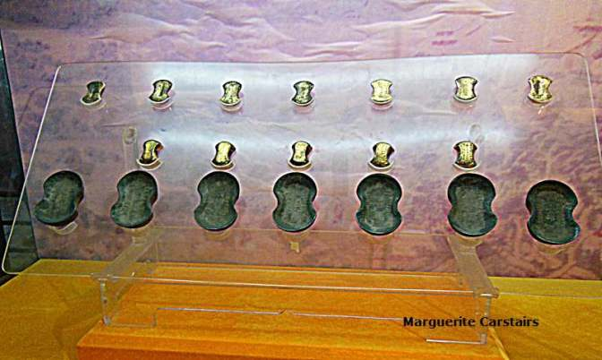 Gold was used as currency in varied sized ingots
