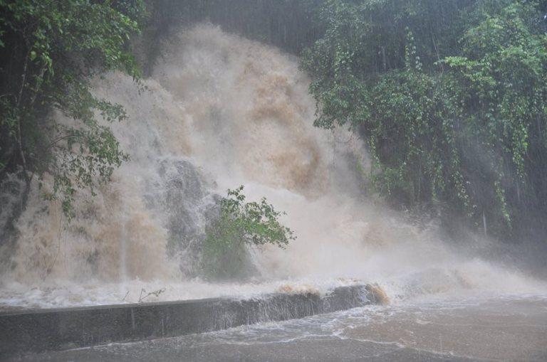 Barron Falls 1