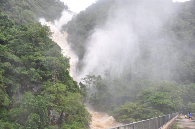 Barron Falls 2