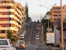 Steep road to the Marina
