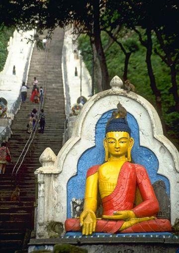 stairway-to-swayambhunath-600